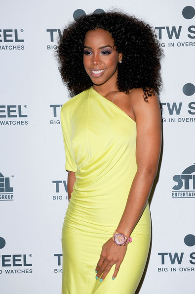 Kelly Rowland Promotes Watches At Photocall