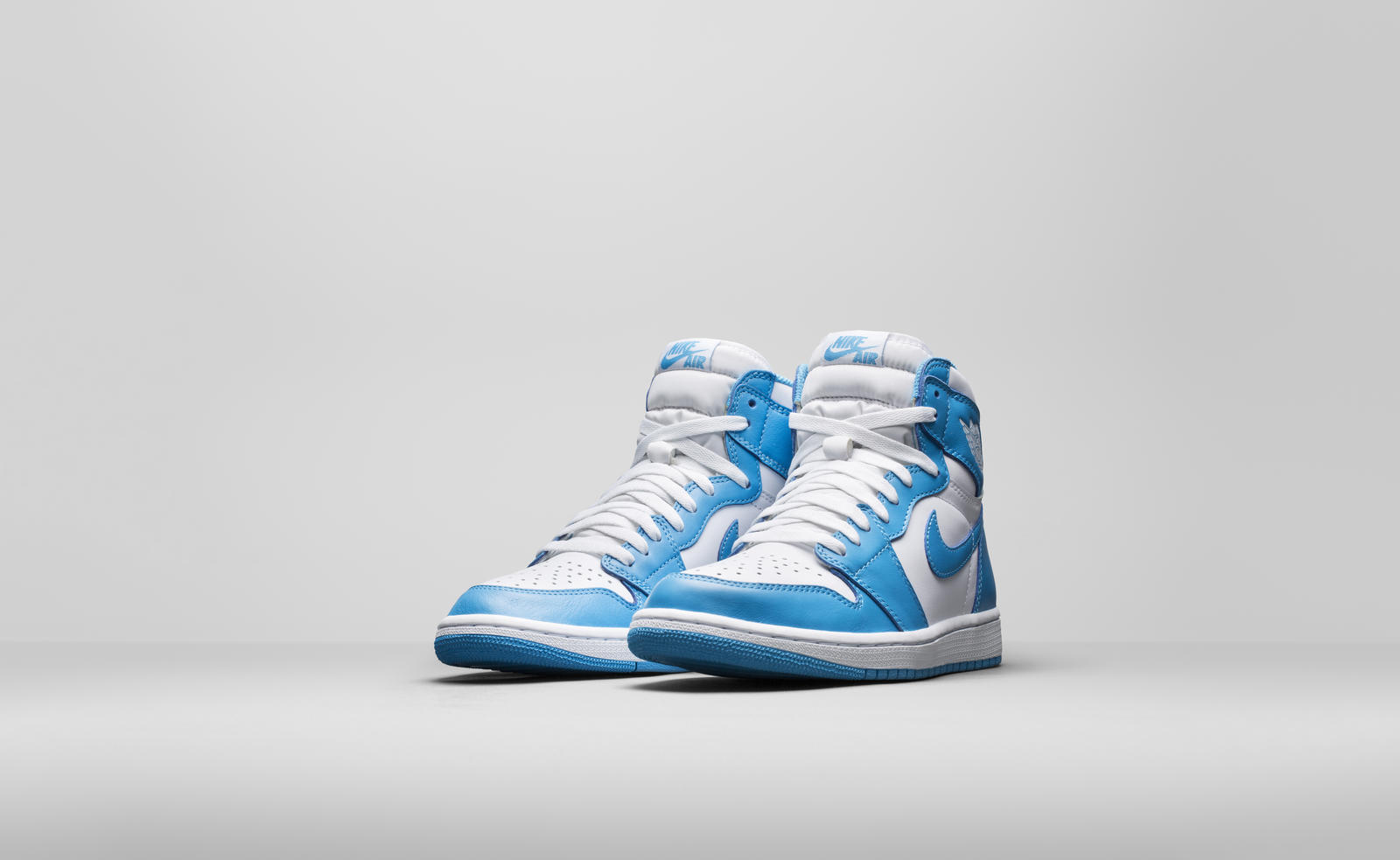 d177d56b80ef0b Air Jordan 1 Retro High OG  UNC  - Holiday 2015