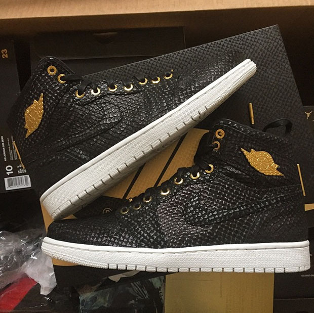 the best attitude b177c f1a26 ... Air Jordan 1 Pinnacle Features Premium Materials 24K Gold ...