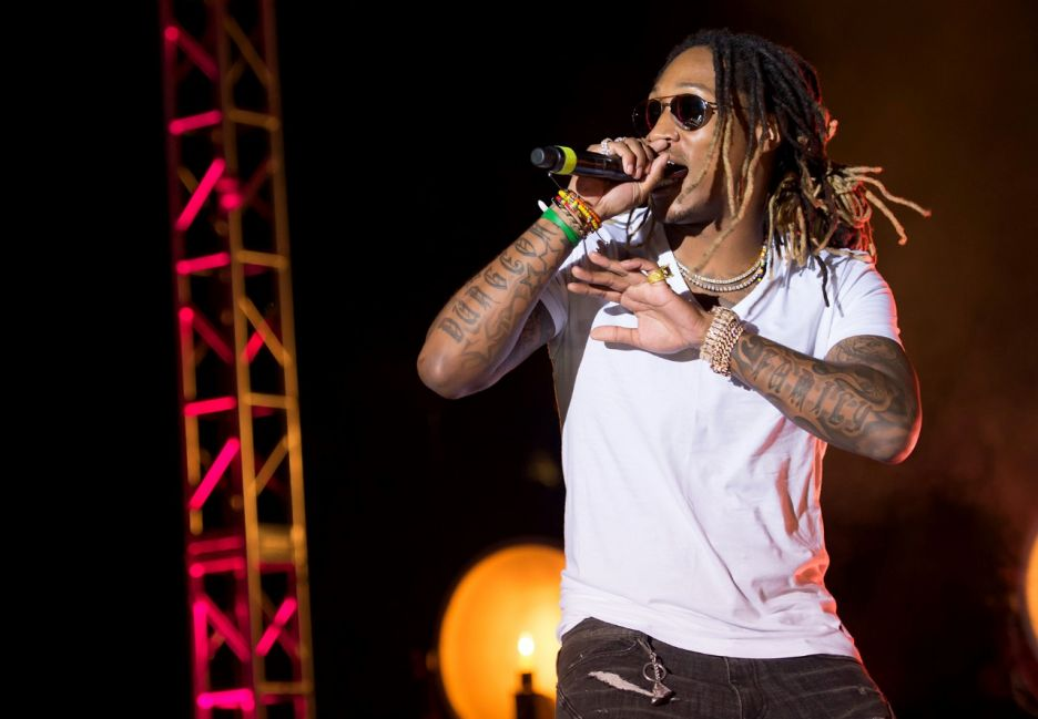 Future Opens The 2015 BET Hip-Hop Awards With 'March Madness