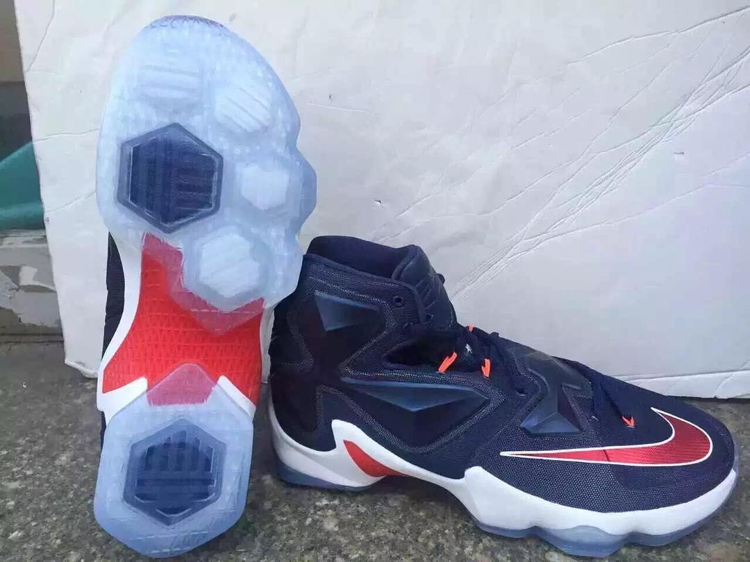 online store 3bd6a 8e828 Nike LeBron 13 'Midnight Navy' Is Perfect For Navy ...