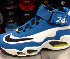 nike-air-griffey-max-1-blue-volt-2016