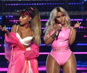 Ariana-Grande-Nicki-Minaj-Side-To-Side-VMAS-Performance
