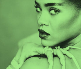 Rihanna-MTV-Video-Vanguard-Award