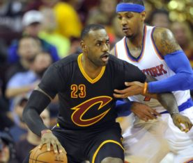 Carmelo Anthony defends LeBron James (David Richard/USA Today Sports)