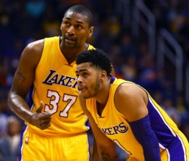 Metta World Peace talks with D'Angelo Russell (Mark J. Rebilas, USA TODAY Sports)