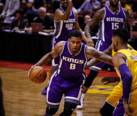 Rudy Gay drives on the Lakers (Jacob Gonzalez / Kings)