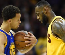 Stephen Curry and LeBron James (Bob Donnan-USA TODAY Sports)