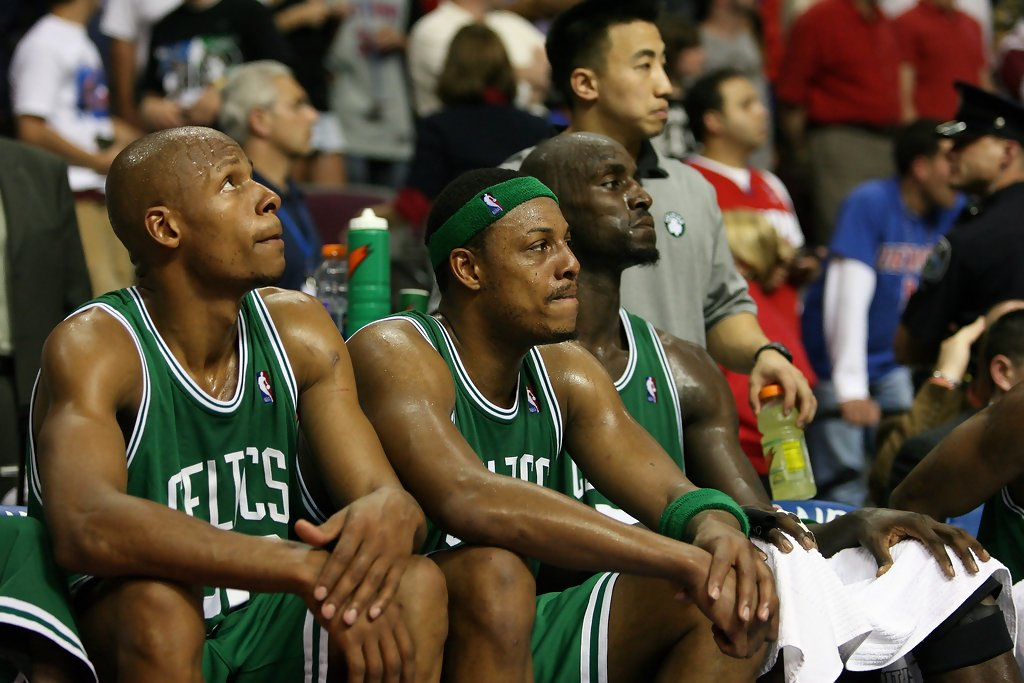 4042be43246 Doc Rivers: Ray Allen Considered Attending Paul Pierce's Jersey ...