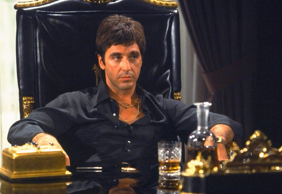 David ayer drops out of the 39 scarface 39 remake def pen for Occhiali al pacino scarface