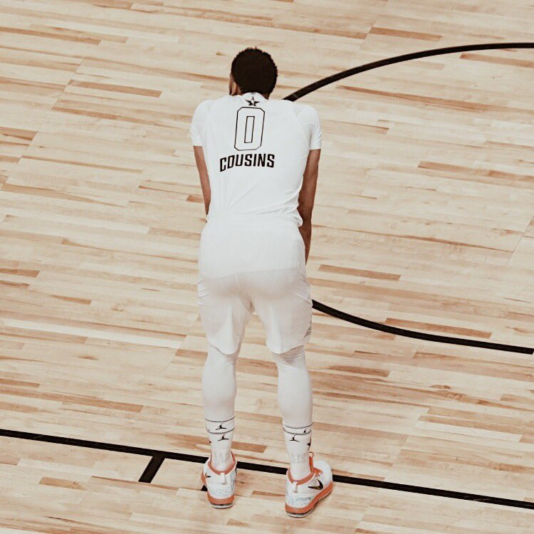 buy popular cb5a1 9db16 Anthony Davis Dons DeMarcus Cousins' Jersey for All-Star Game